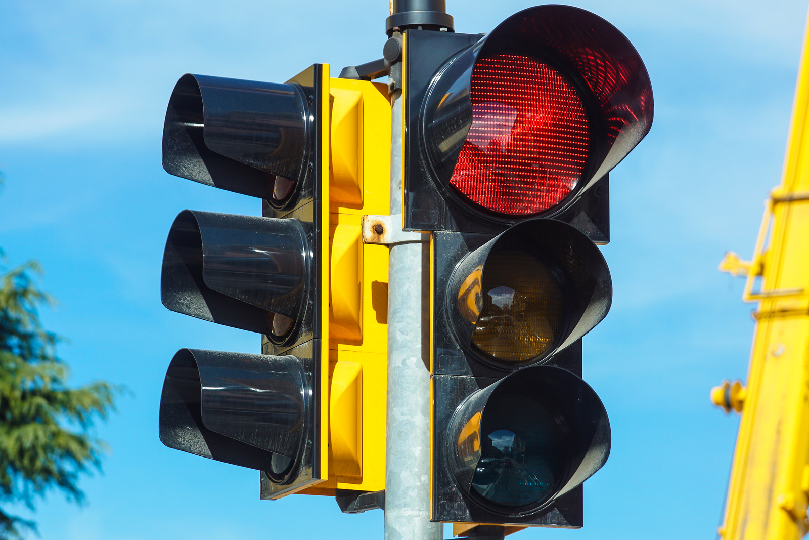 Running Red Lights and Car Accidents